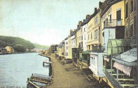 Meuse_Dinant_Quai1