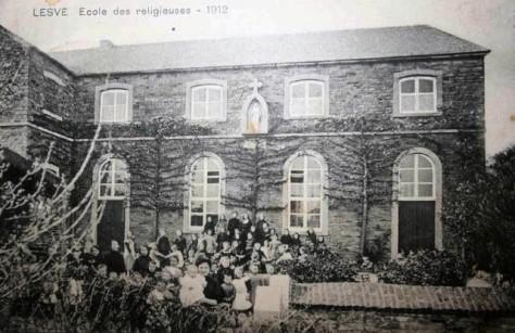 Lesve_EcoleDesReligieuses_1912