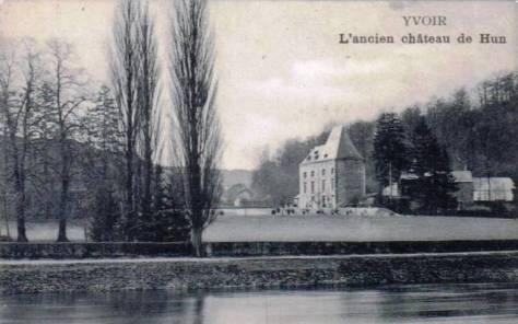 Meuse_Chateau_Hun