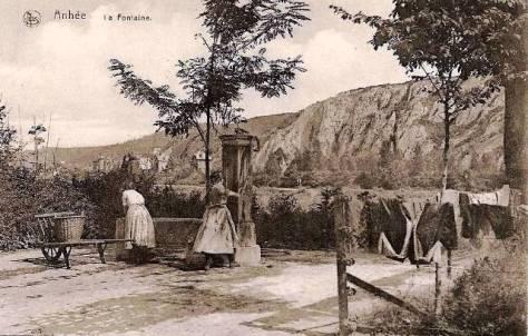 Meuse_Anhée_Fontaine